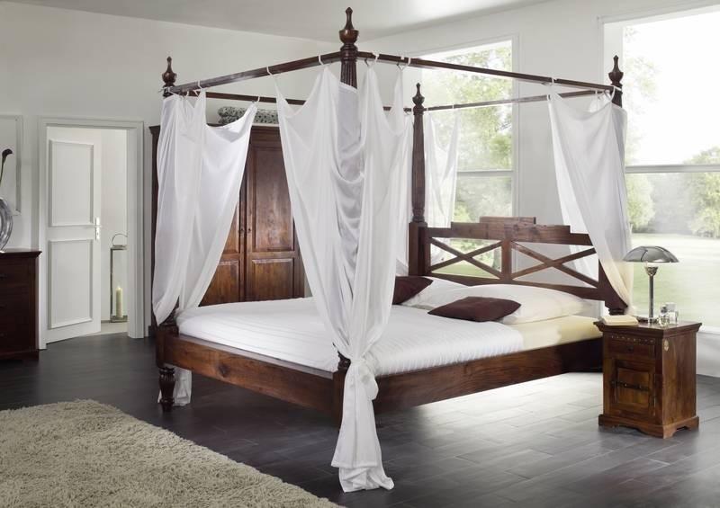 OXFORD #247 Koloniastil posteľ 200x200 masívne agátové drevo