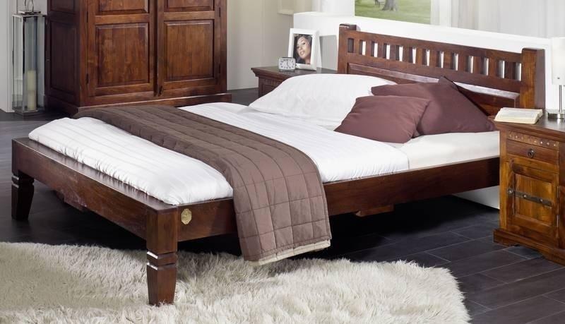 OXFORD #231 Koloniales posteľ 200x200 masívny agátový nábytok