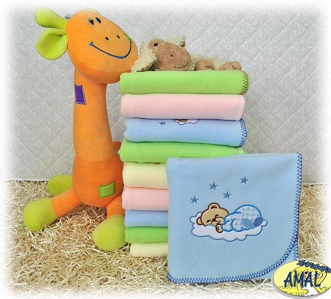 AMAL Flaušová deka s výšivkou, MACKO III, 3 farby