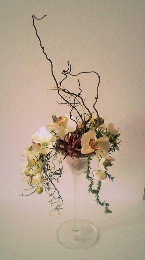dekorácia s orchideou v sklenenom pohári 25 x 60 cm