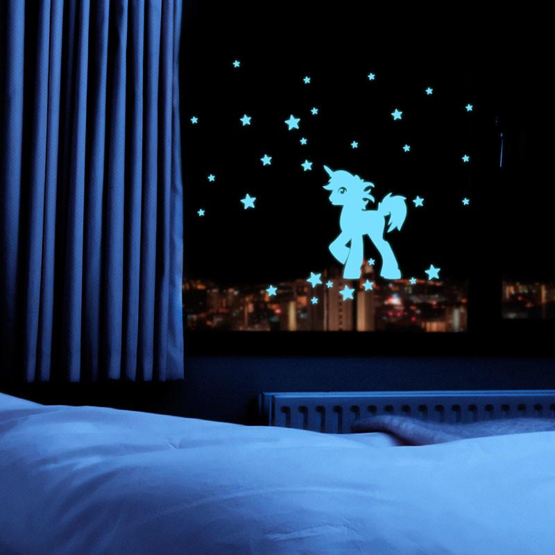 Samolepka svietiaca v tme Fanastick Unicorn With Stars