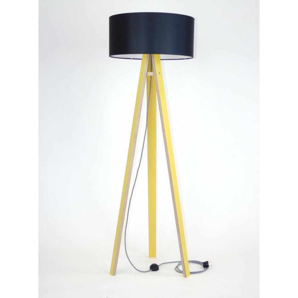 Žltá stojacia lampa s čiernym tienidloma čierno-bielym káblom Ragaba Wanda