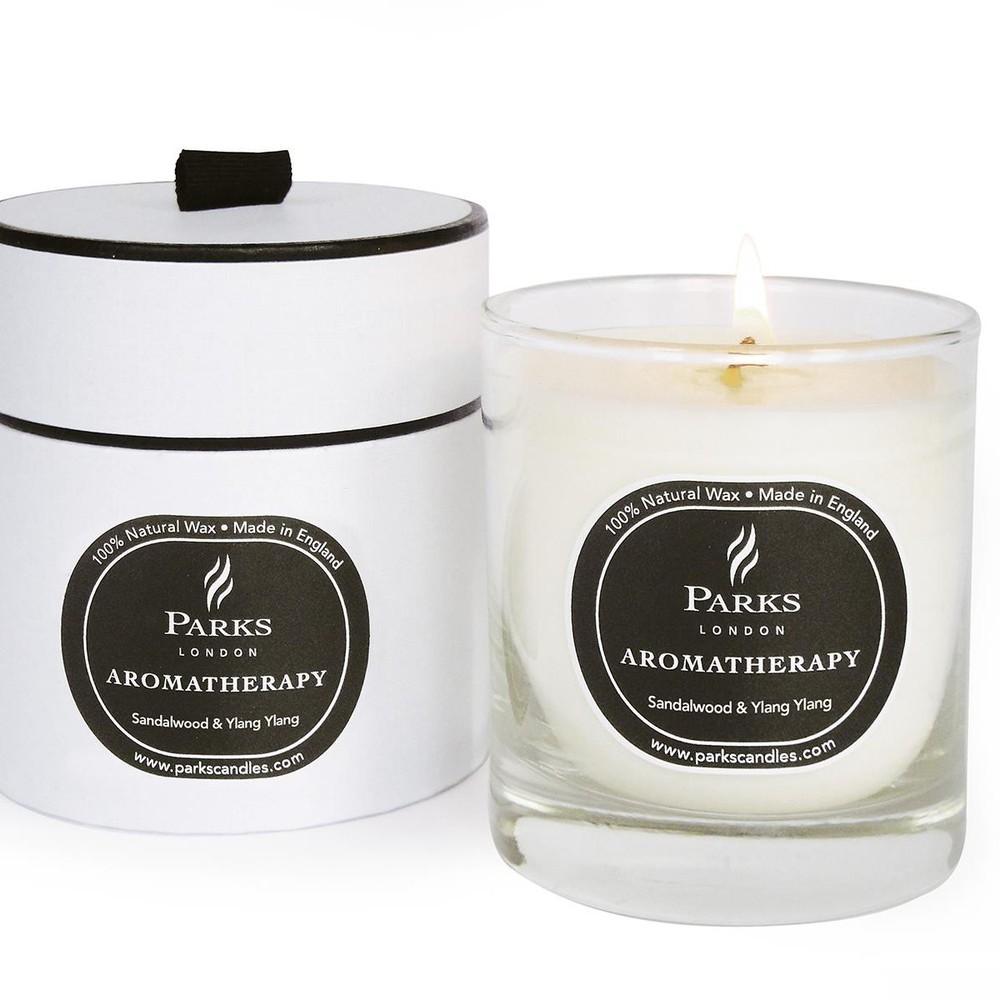 Sviečka s vôňou santalového dreva Parks Candles London Aromatherapy, 45 hodín horenia