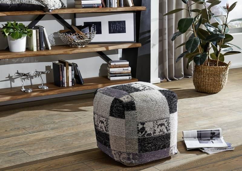 Masiv24 - CULTURE Taburetka patchwork 45 cm, čierna, biela