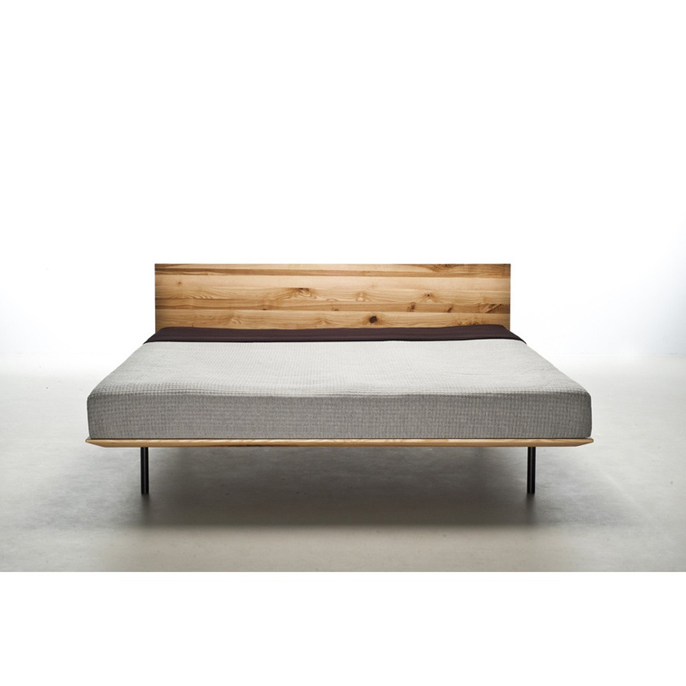 Posteľ z olejovaného jaseňového dreva Mazzivo Modo, 120×200 cm