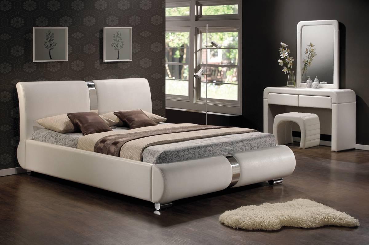 Manželská posteľ 180 cm Tokyo (s roštom)