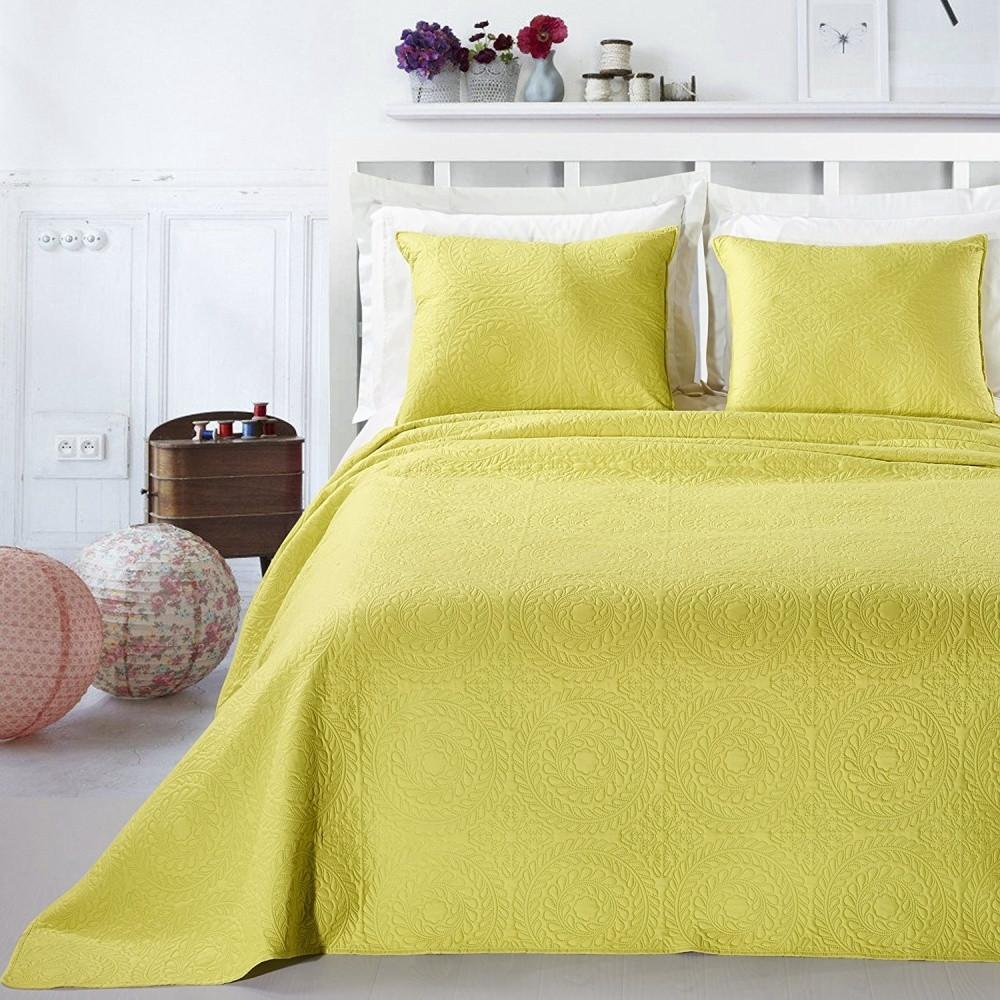 Žltá posteľná sada z mikrovlákna DecoKing Elodie, 220x240cm