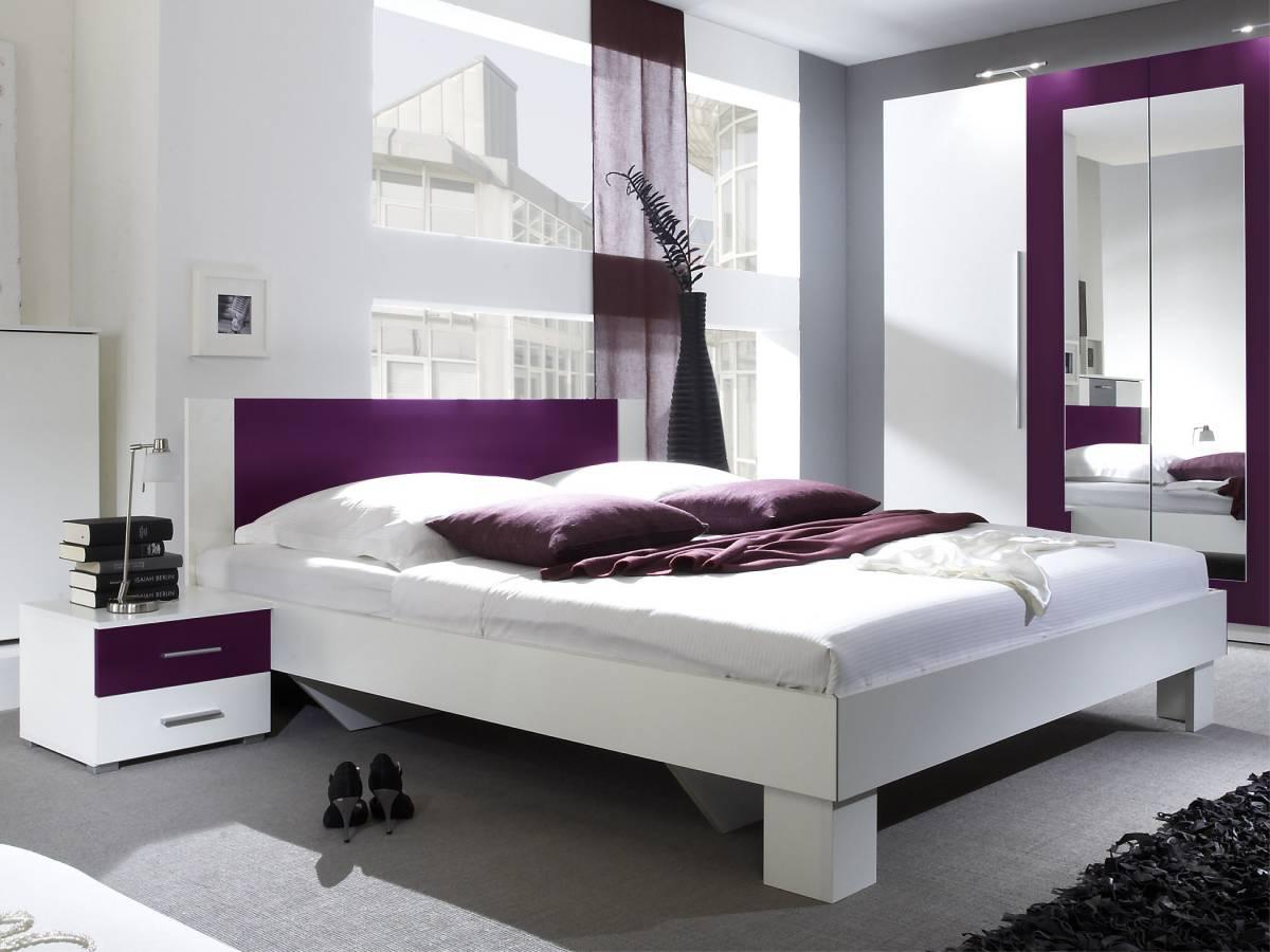 Manželská posteľ 180 cm Typ 52 (biela + fialová) (s noč. stolíkmi)