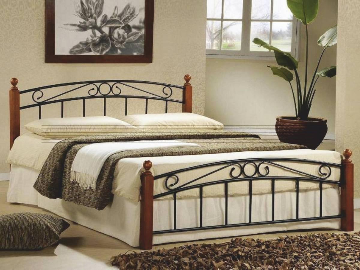 Manželská posteľ 140 cm Dolores (s roštom)