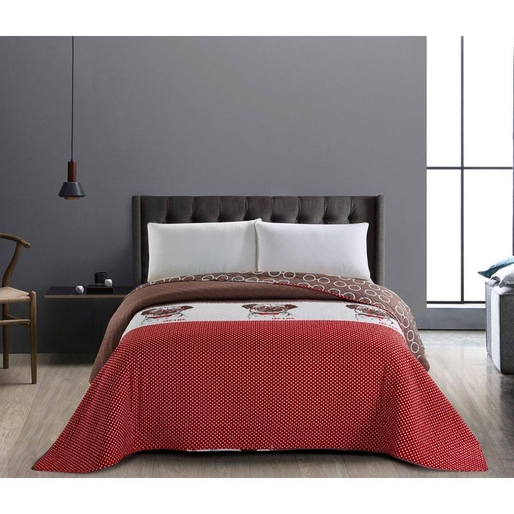 Obojstranná červeno-hnedá prikrývka na jednolôžko DecoKing Hug a Pug, 170 x 210 cm