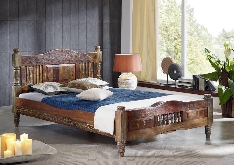 RAPUNZEL posteľ #23 - 200x200cm lakované staré indické drevo