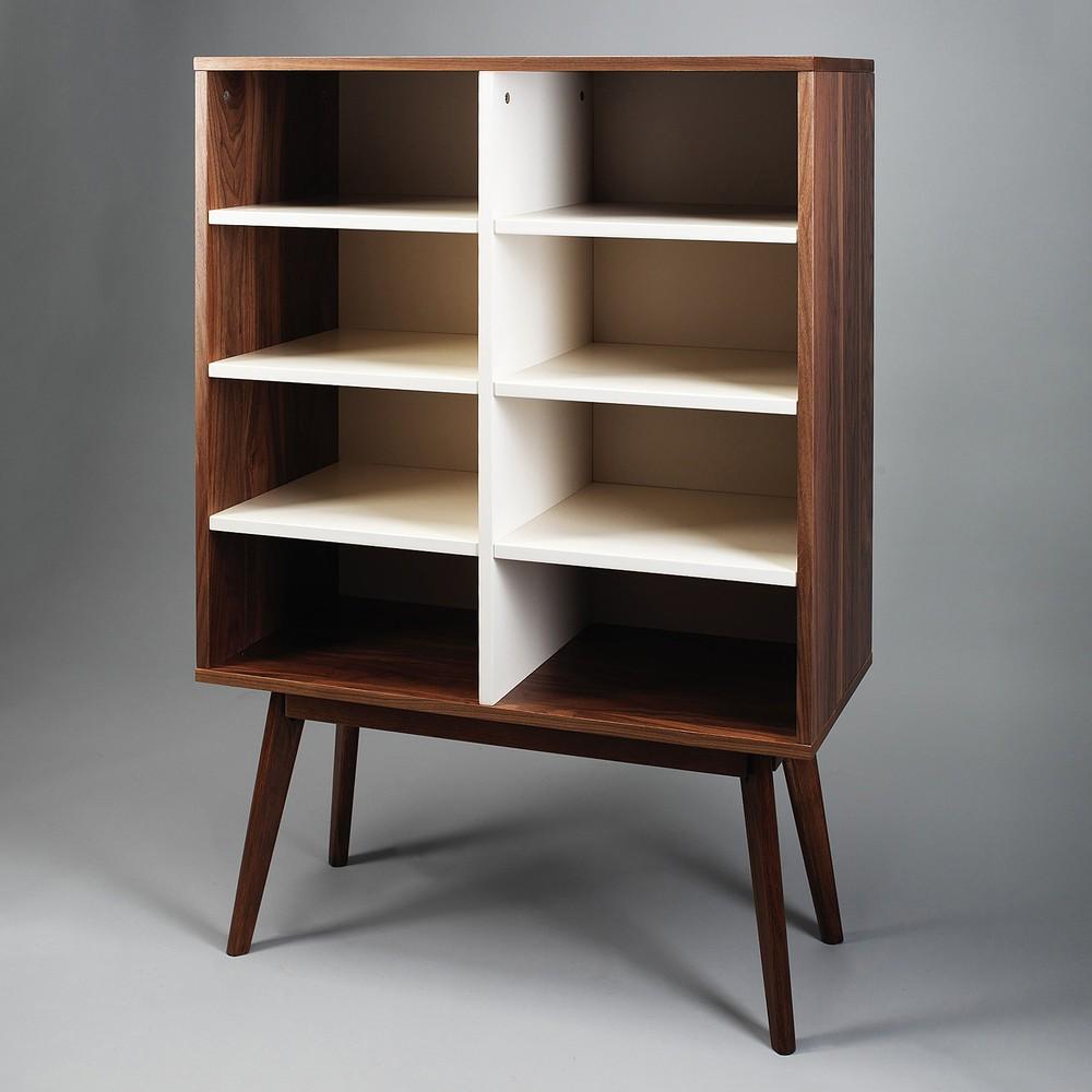 Knižnica z orechového dreva Simla Nut