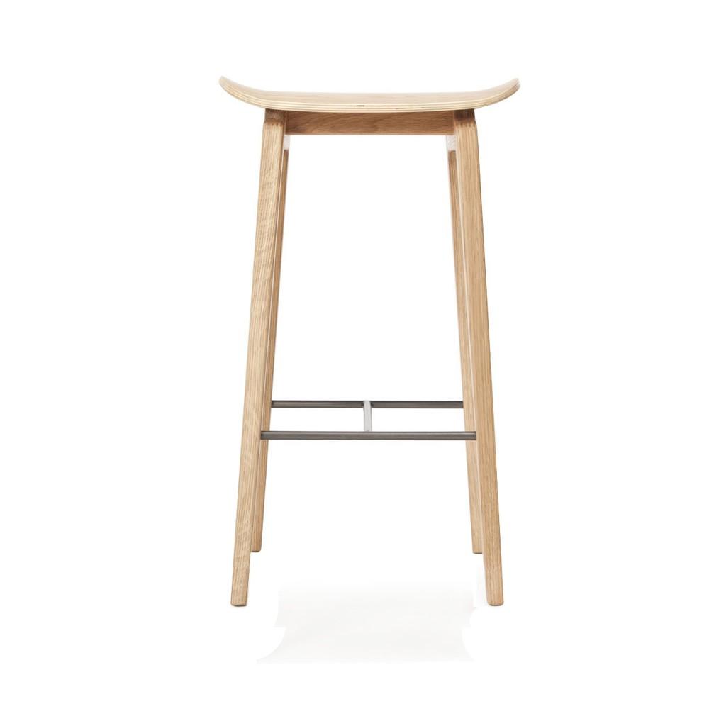 Drevená barová stolička z dubového dreva NORR11 NY11, 65x35cm