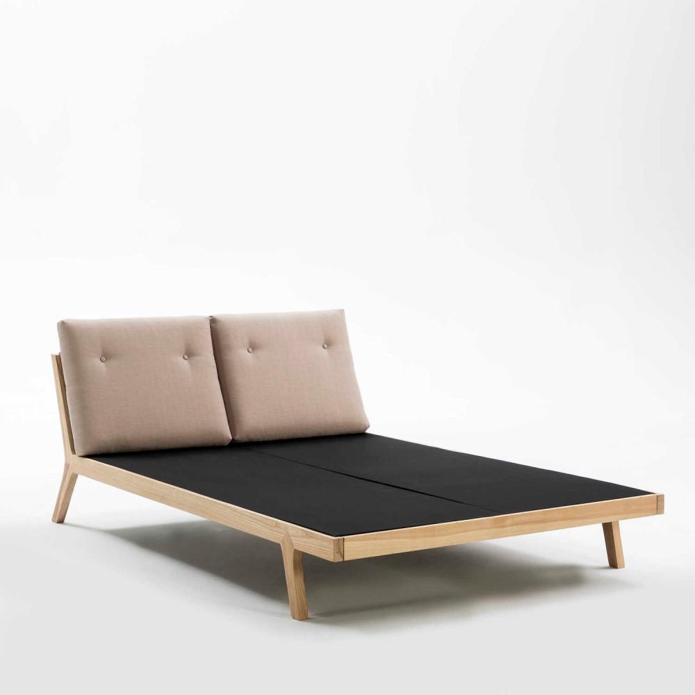 Béžovo-čierna posteľ Thai Natura Comfy, 150×190 cm