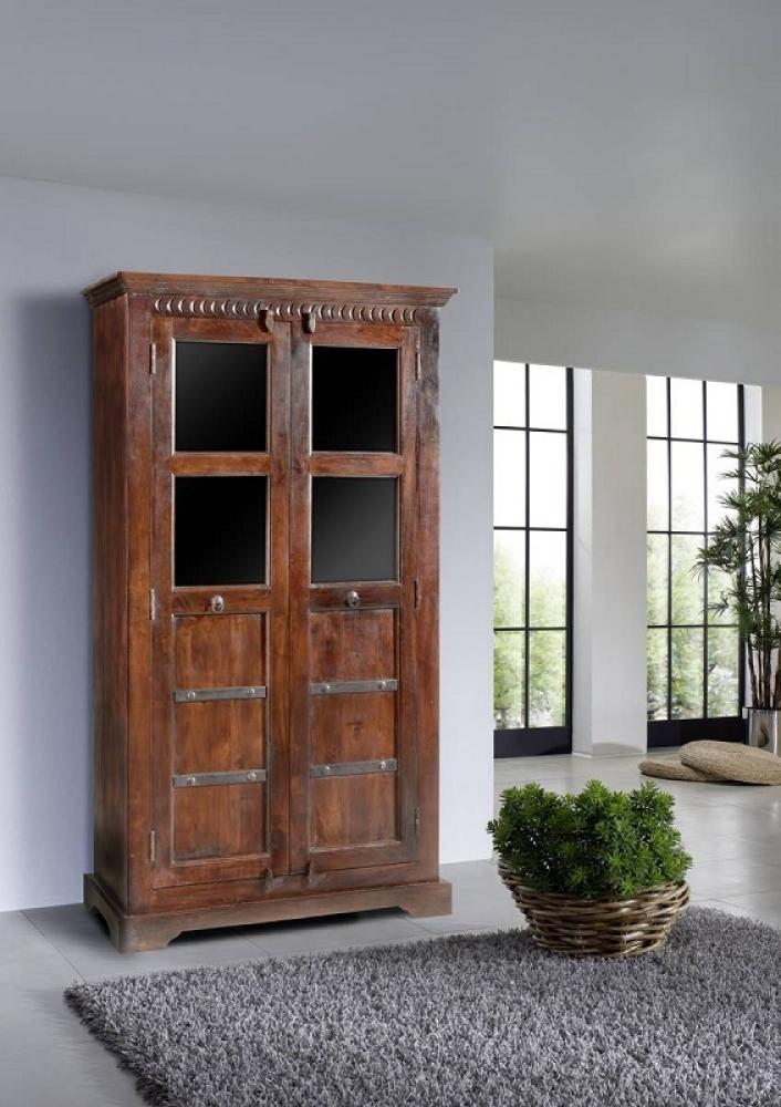 Bighome - CAMBRIDGE  Koloniálna vitrína, masívny akáciový nábytok