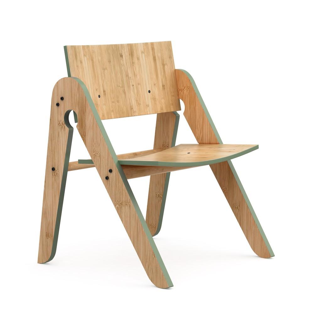 Detská bambusová stolička so zelenými detailmi We Do Wood Lilly's