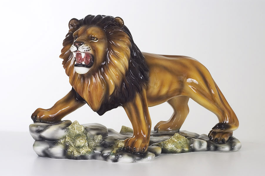 Vrečtiaci Lev 367
