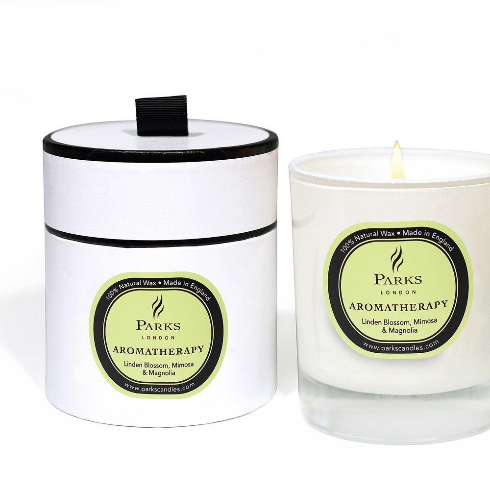 Sviečka s vôňou lipového kvetu, mimózy a magnólia Parks Candles London Aromatherapy, 50 hodín horenia