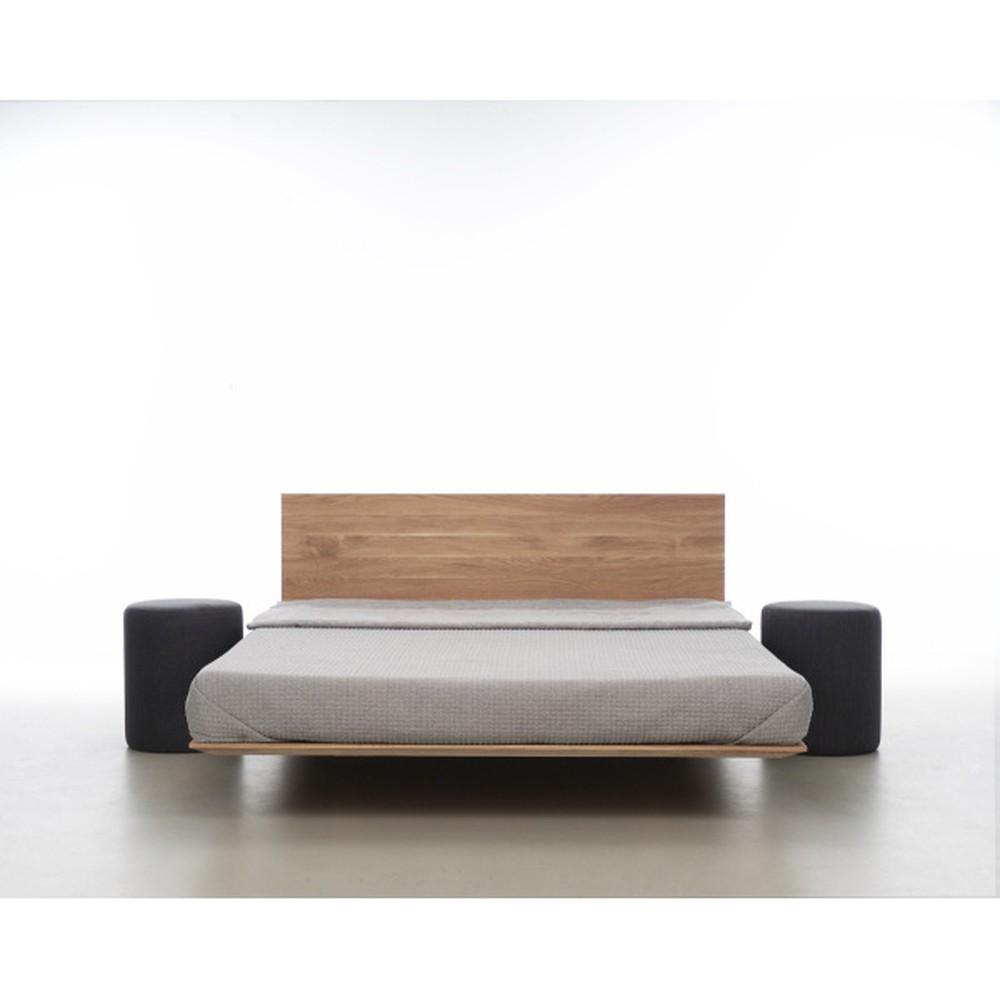 Posteľ z olejovaného dubového dreva Mazzivo Nobby, 200×210 cm