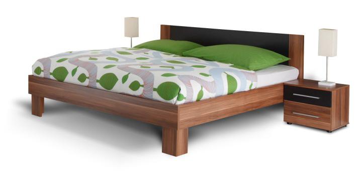 Manželská posteľ 180 cm + 2 noč. stolíky Martina orech