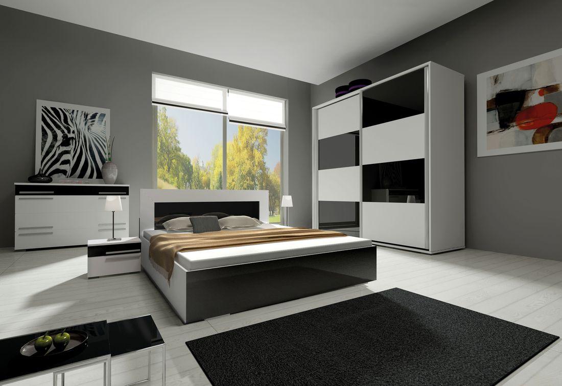 Ložnicová sestava KAYLA II (2x noční stolek, komoda, skříň 240, postel 140x200), bílá/černá lesk