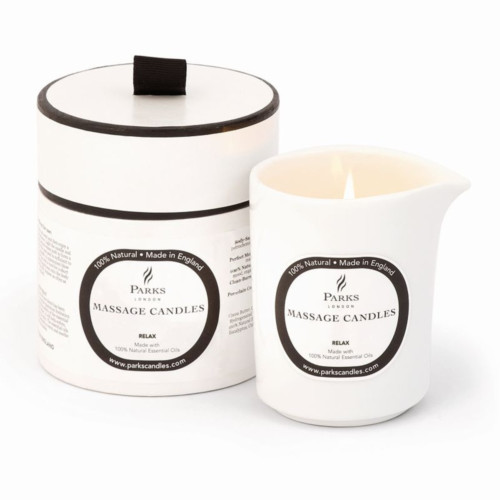 Masážna sviečka s vôňou levandule a harmančeka Parks Candles London Relax and De-Stress, 50 hodín horenia