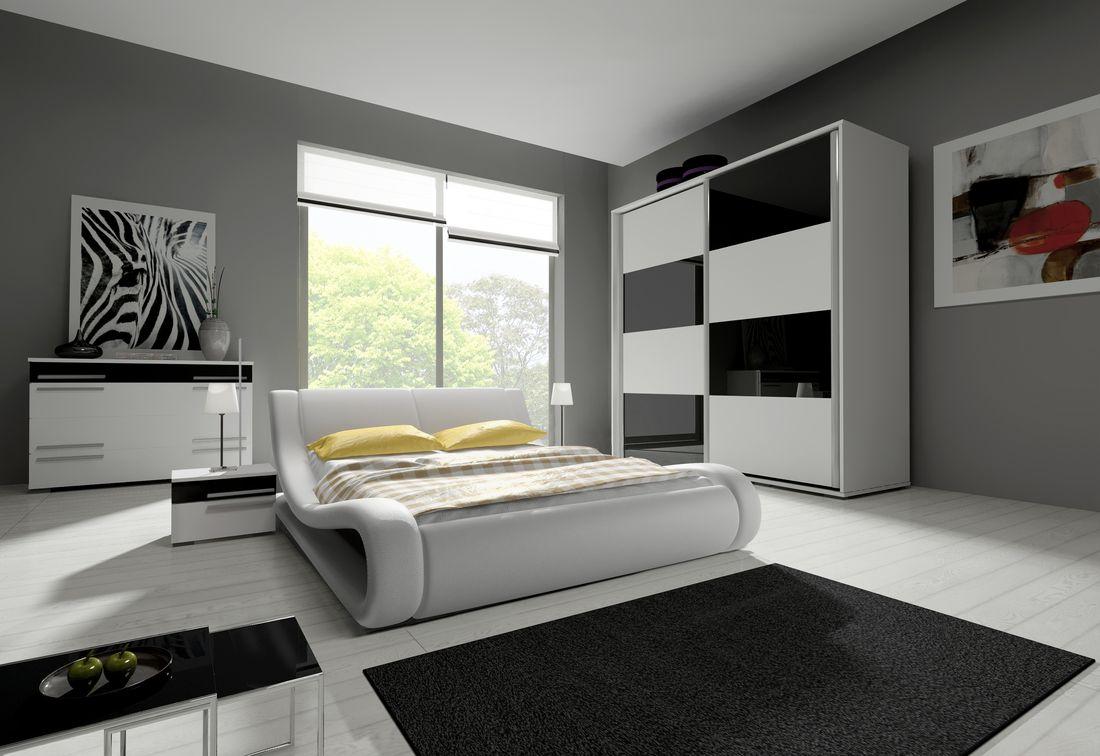 Ložnicová sestava KAYLA III (2x noční stolek, komoda, skříň 200, postel MATRIX 180x200), bílá/černá lesk