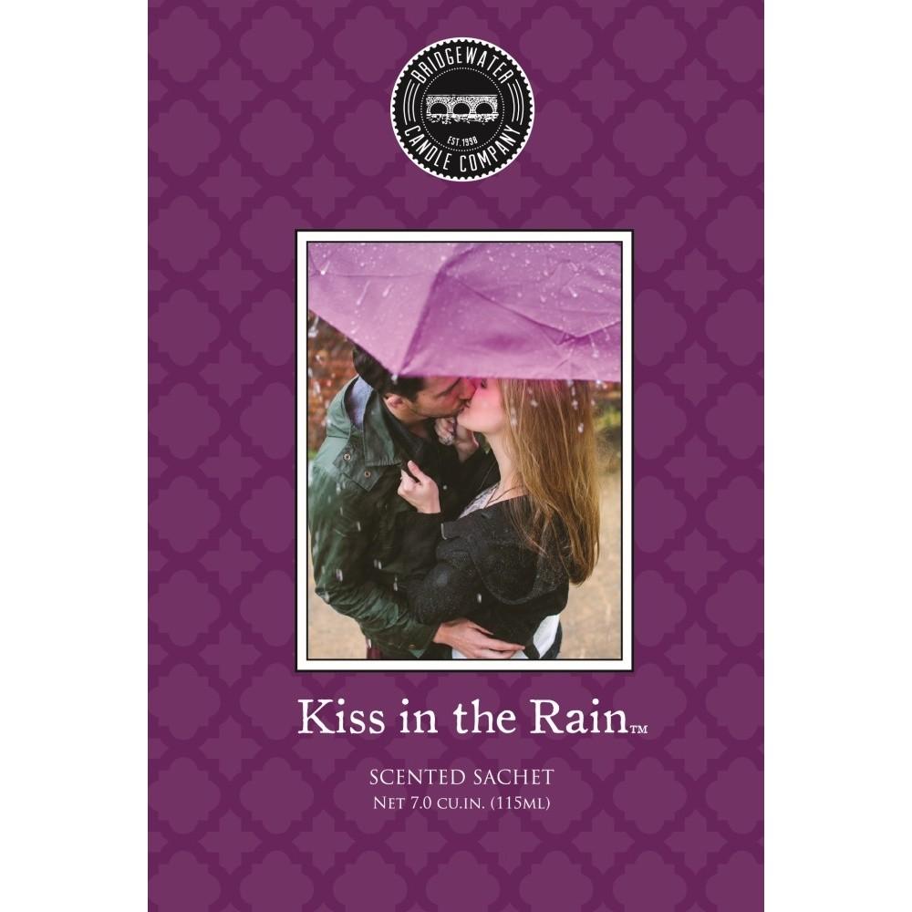 Vonné vrecko s vôňou čiernych ríbezlí, malín, jahôd a fialiek Creative Tops Kiss In The Rain