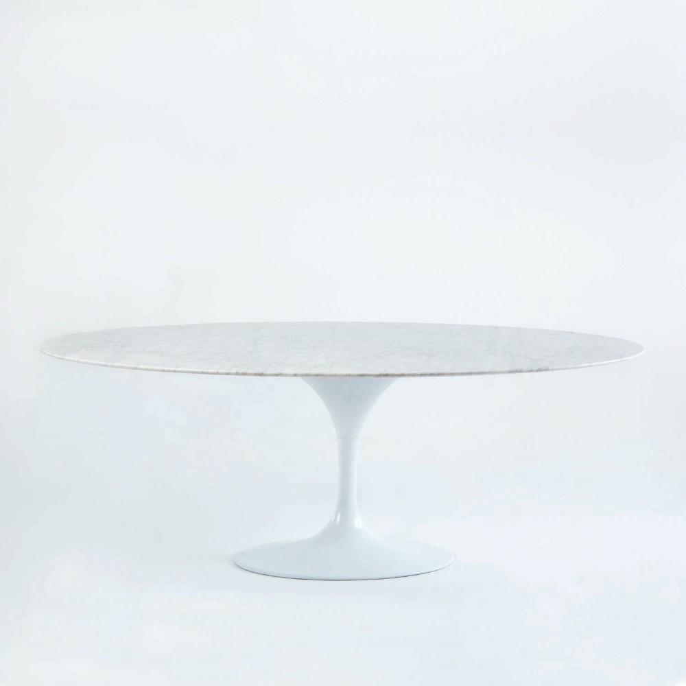Biely jedálenský stôl s mramorovou doskou Thai Natura