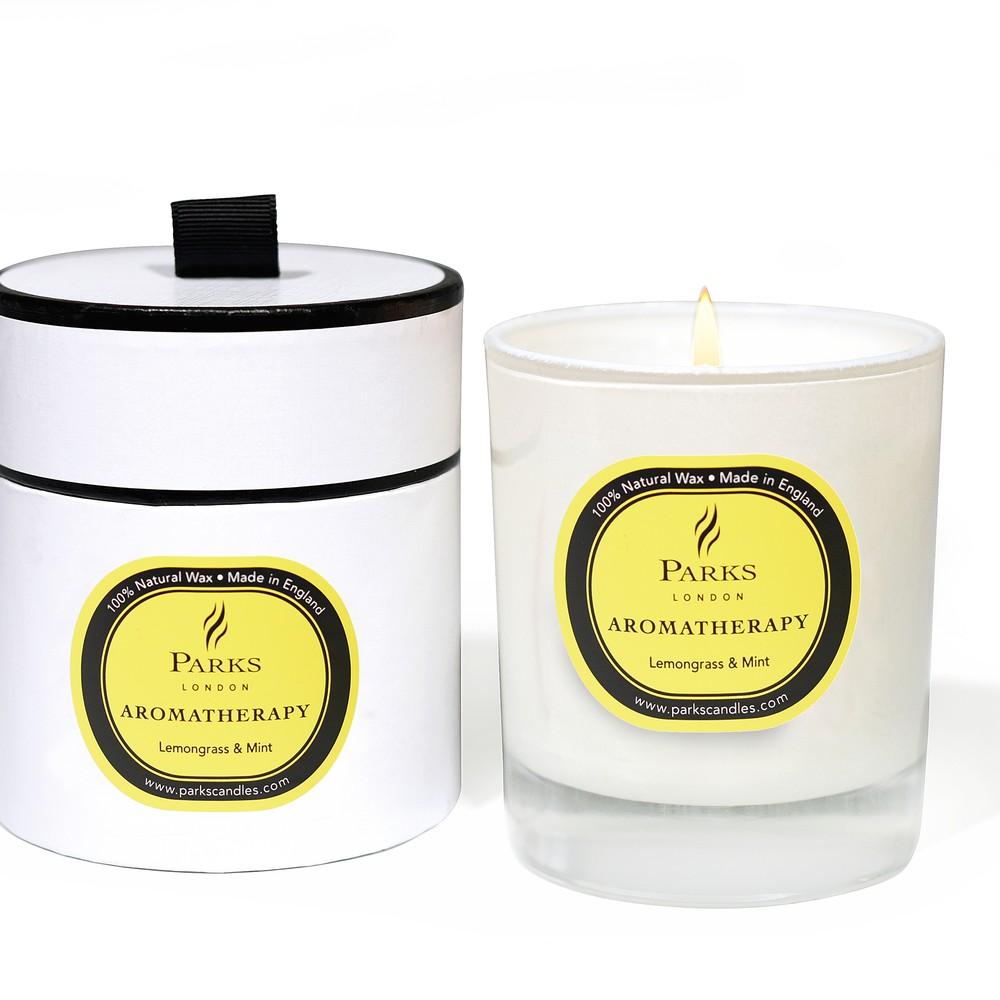 Sviečka s vôňou citrónovej trávy a mäty Parks Candles London Aromatherapy, 45 hodín horenia