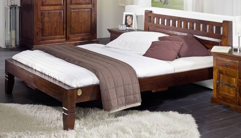 OXFORD #230 Kolonialstil posteľ 180x200 masívny agátový nábytok