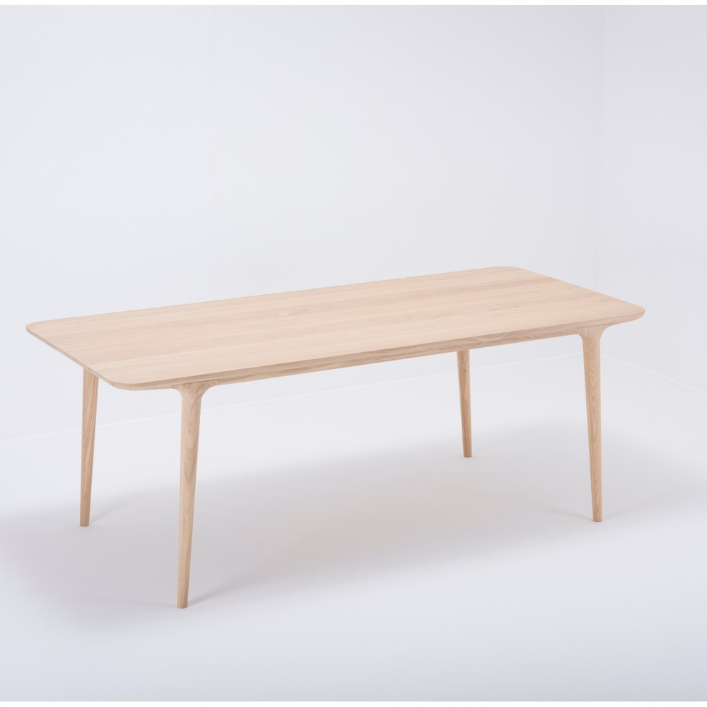Jedálenský stôl z masívneho dubového dreva Gazzda Fawn, 200×90cm