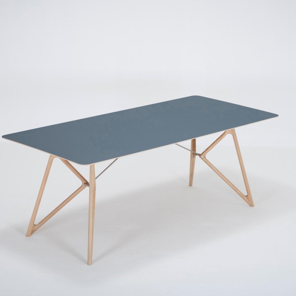 Jedálenský stôl z masívneho dubového dreva s tmavomodrou doskou Gazzda Tink, 200×90cm