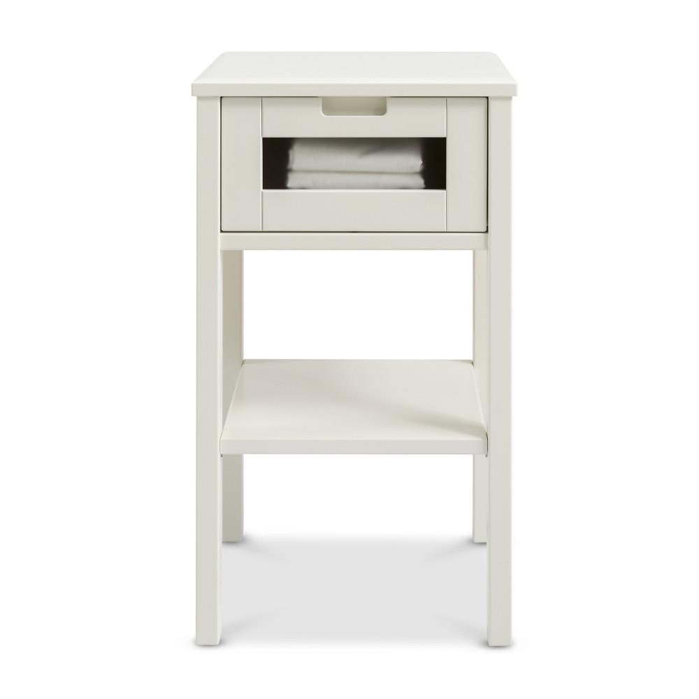 Biely ručne vyrobený nočný stolík z masívneho brezového dreva KittenHaiku