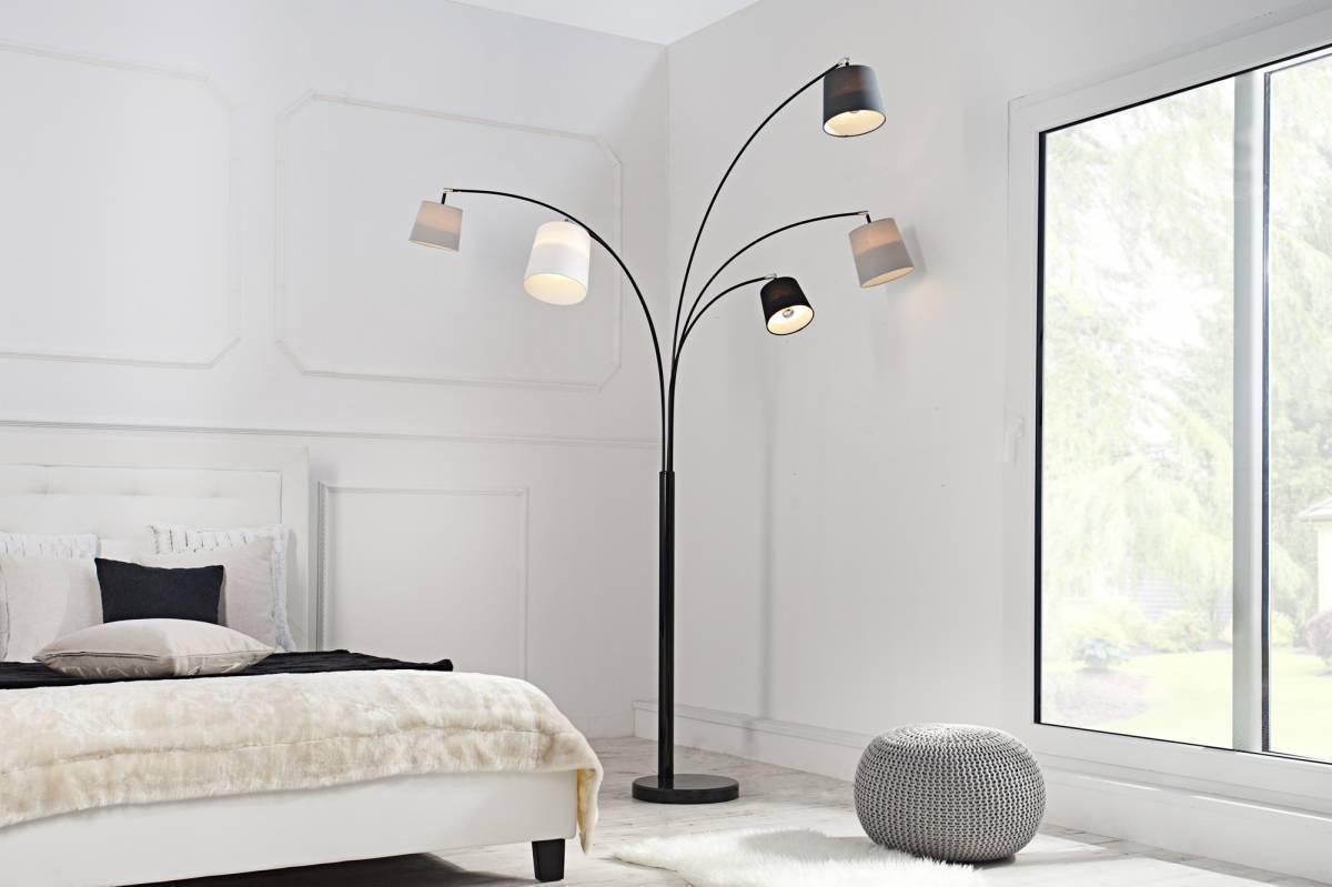 Stojaca lampa LAVELS