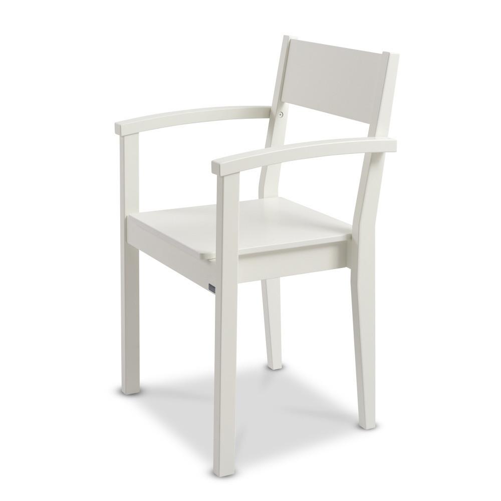 Biela ručne vyrobená stolička z masívneho brezového dreva s opierkami Kiteen Joki