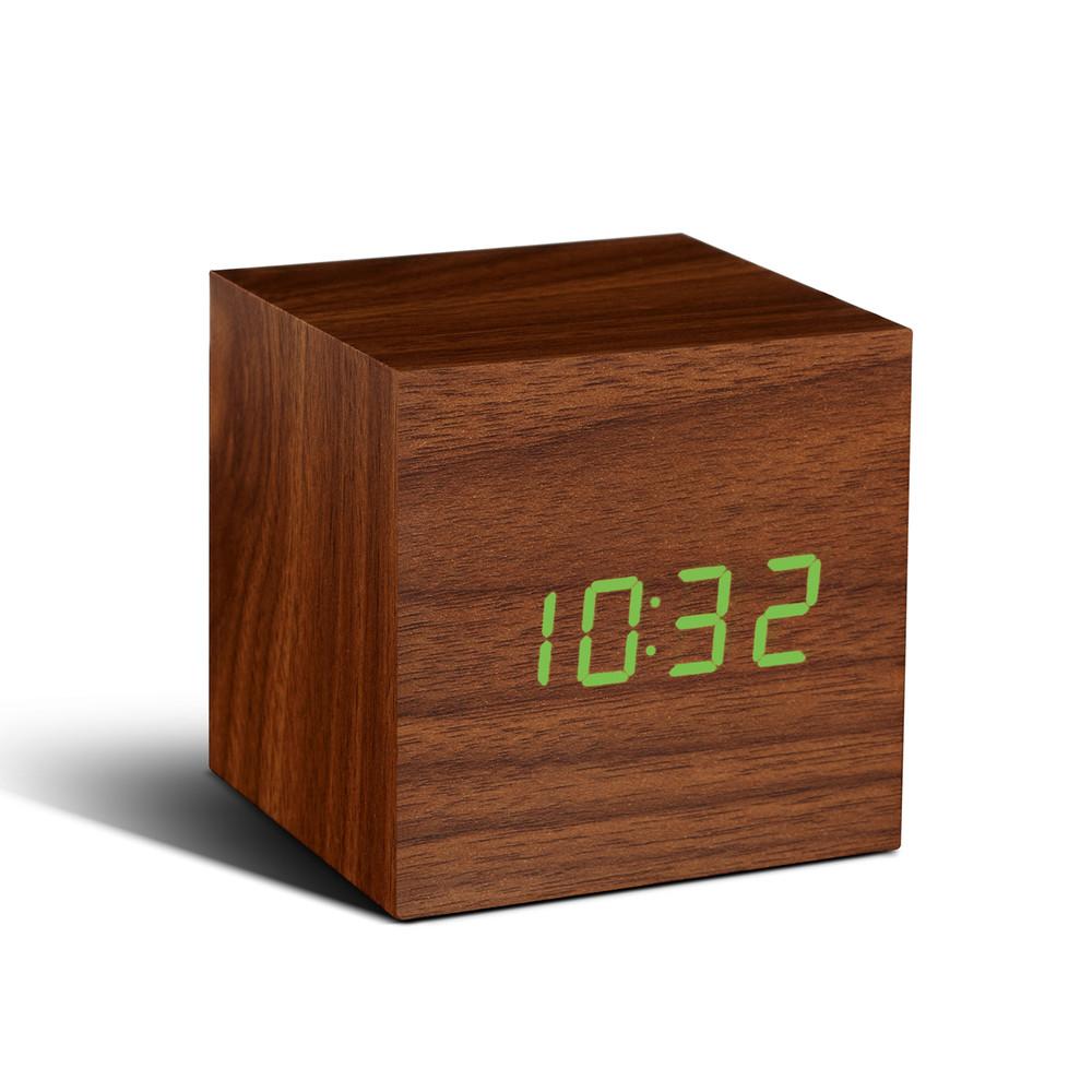 Hnedý budík so zeleným LED displejom Gingko Cube Click Clock