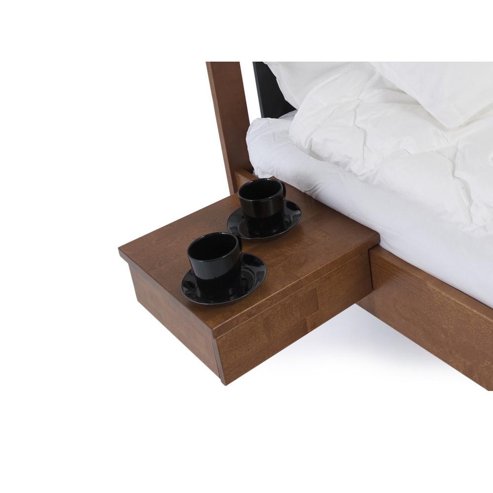 Hnedo morený ručne vyrobený nočný stolík z masívneho brezového dreva Kiteen Koli