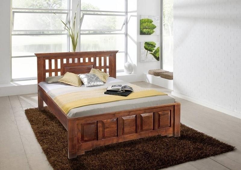 CLASSIC OXFORD #264 Kolonial posteľ 200x200 masívny agátový nábytok