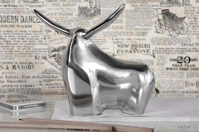 Socha Big Bull hliníková strieborná