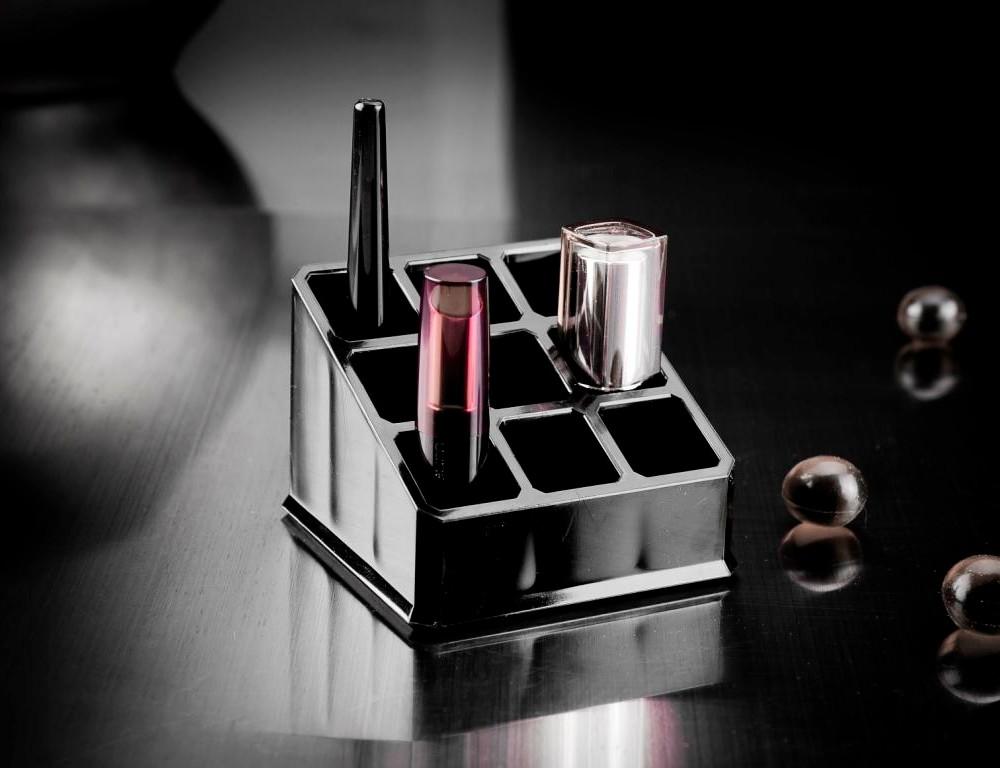 Stojan na rúže Compactor Black Box