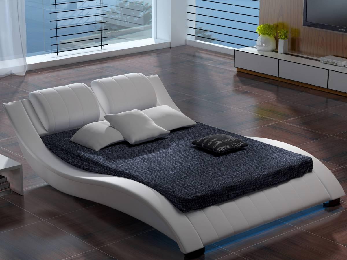Manželská posteľ 160 cm