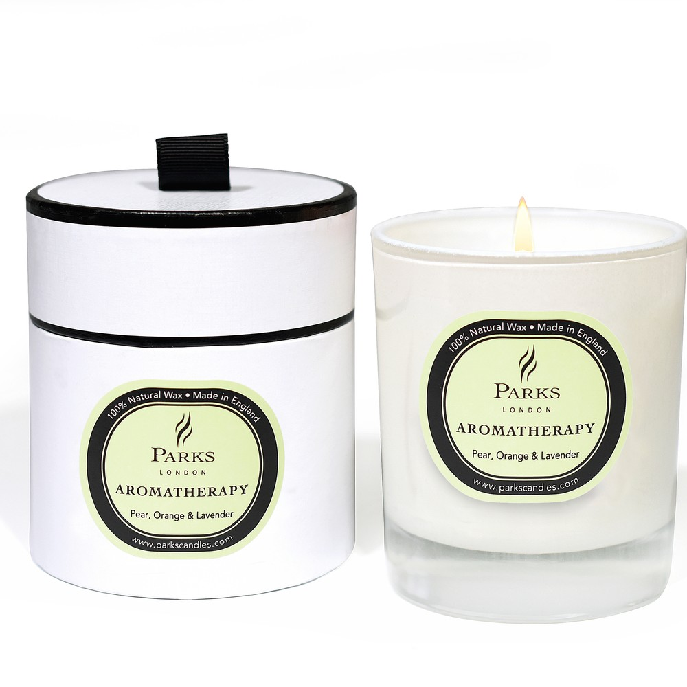 Sviečka s vôňou hrušky, pomaranča a levandule Parks Candles London Aromatherapy, 50 hodín horenia