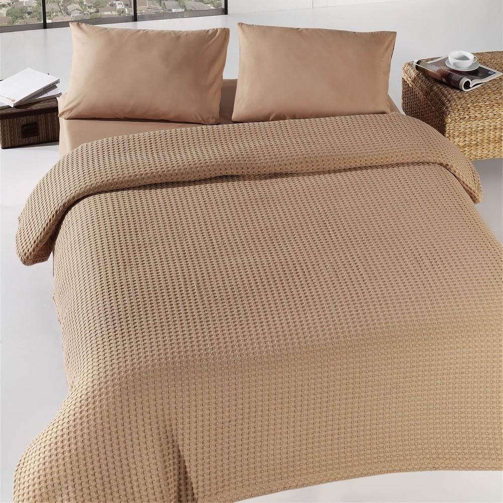 Hnedá prikrývka cez posteľ Burumcuk, 160x240cm