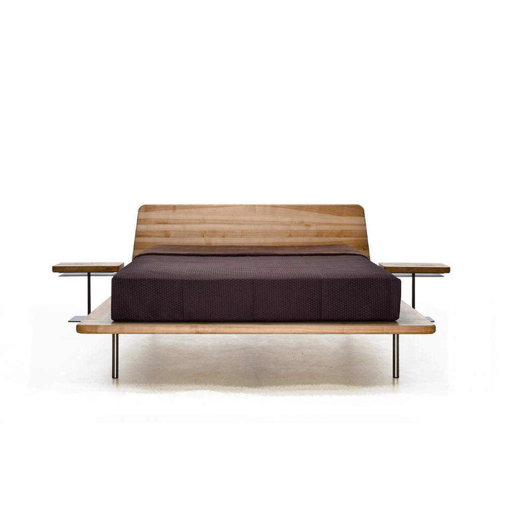 Posteľ z olejovaného jaseňového dreva Mazzivo Letto, 180×220 cm