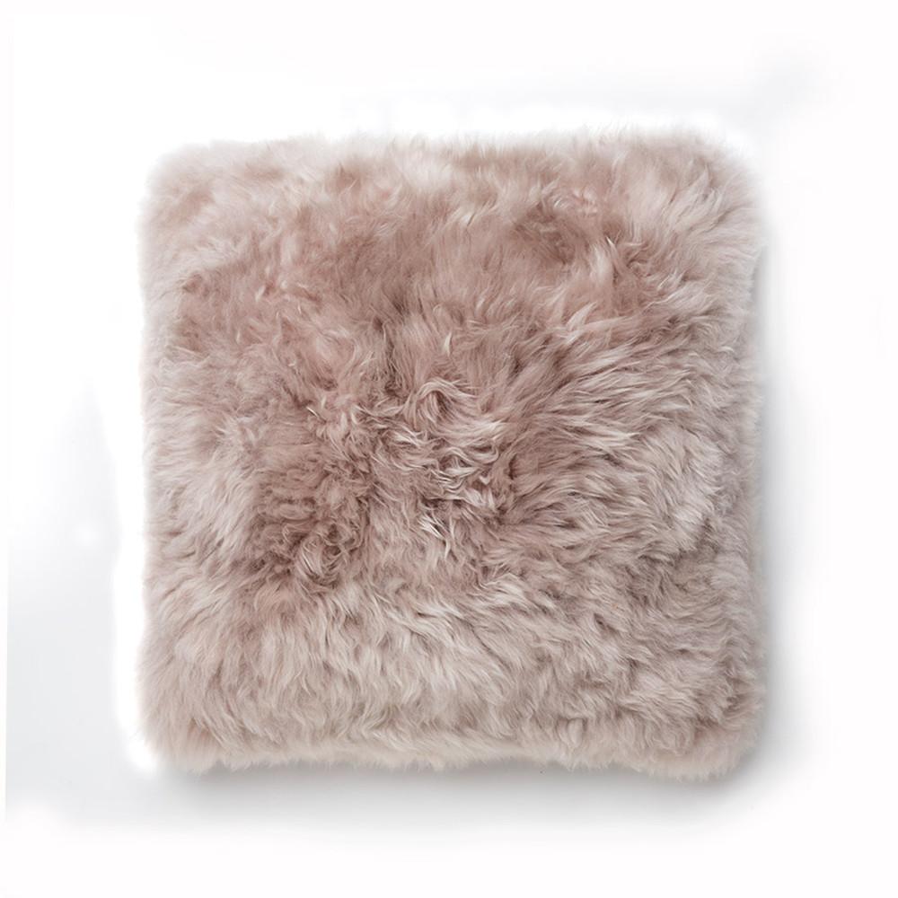 Svetlohnedý vankúš Royal Dream Sheepskin, 45x45cm