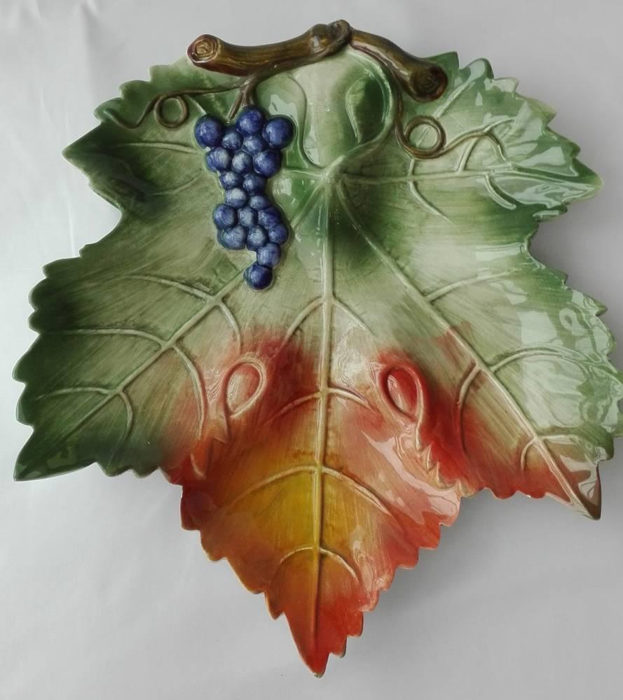 Keramický hroznový list