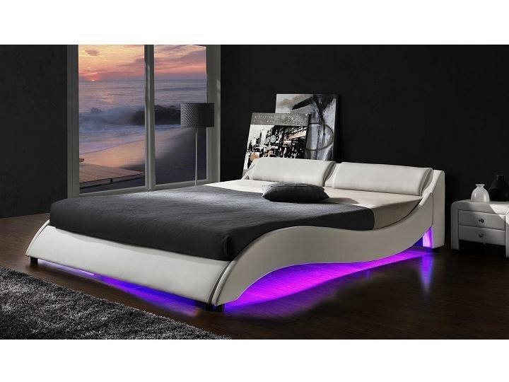 Manželská posteľ 160 cm Pascale (s roštom a LED)