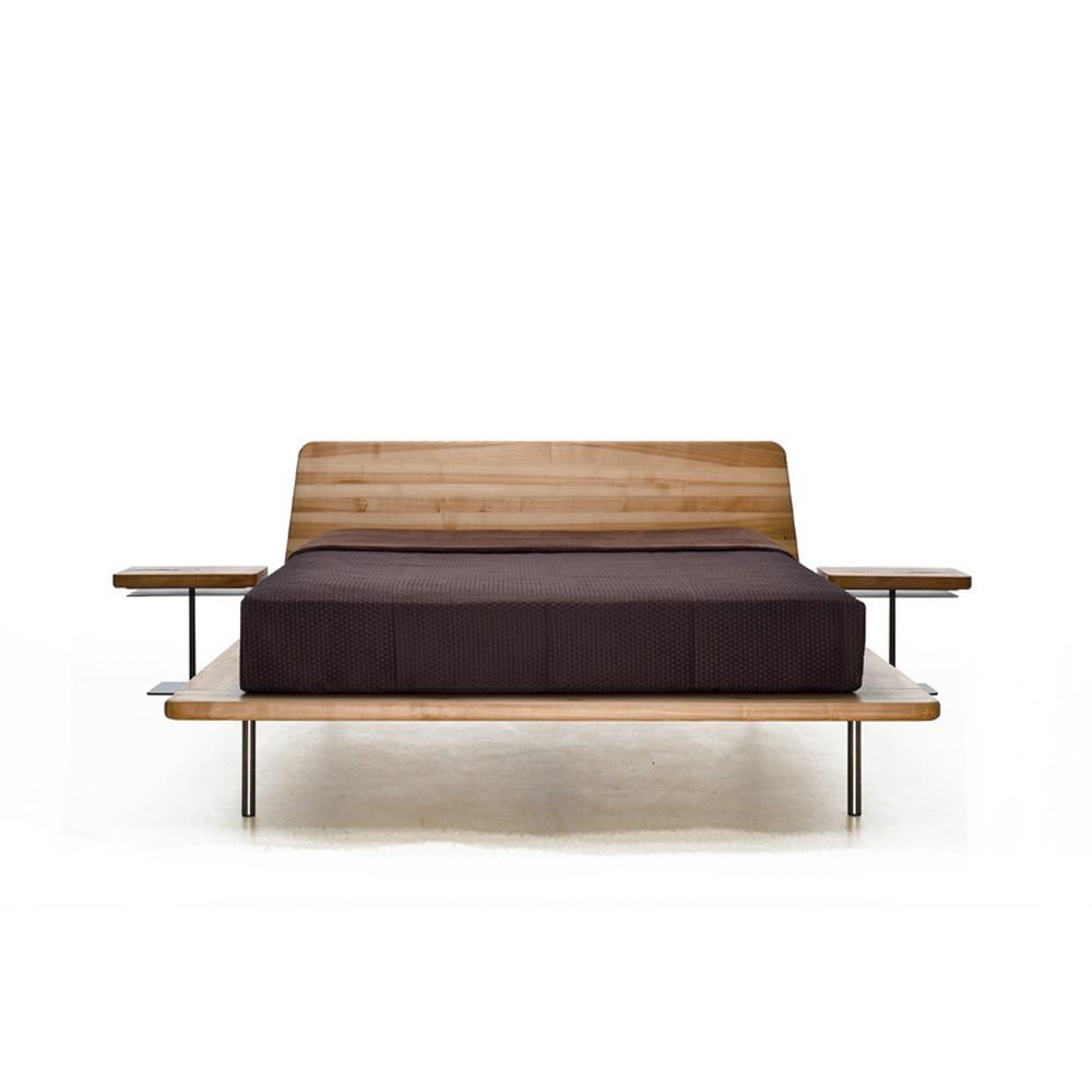 Posteľ z olejovaného jaseňového dreva Mazzivo Letto, 200×200 cm