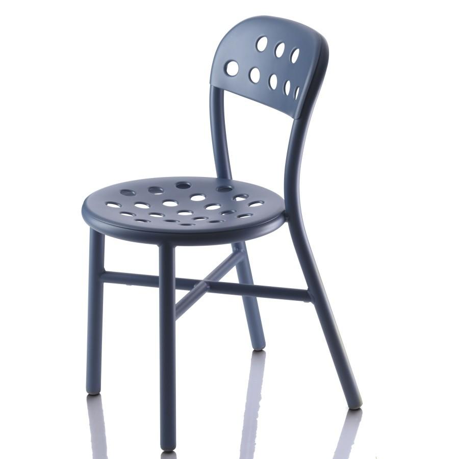 Modrá stolička Magis Pipe